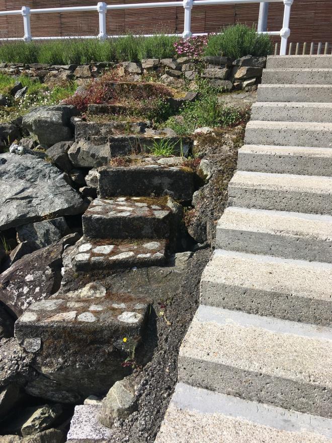 Escalera_antigua y nueva